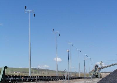 Mid-hinged Poles, Jilalan Rail Yard